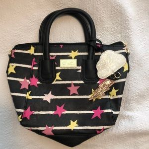Betsey Johnson stars purse